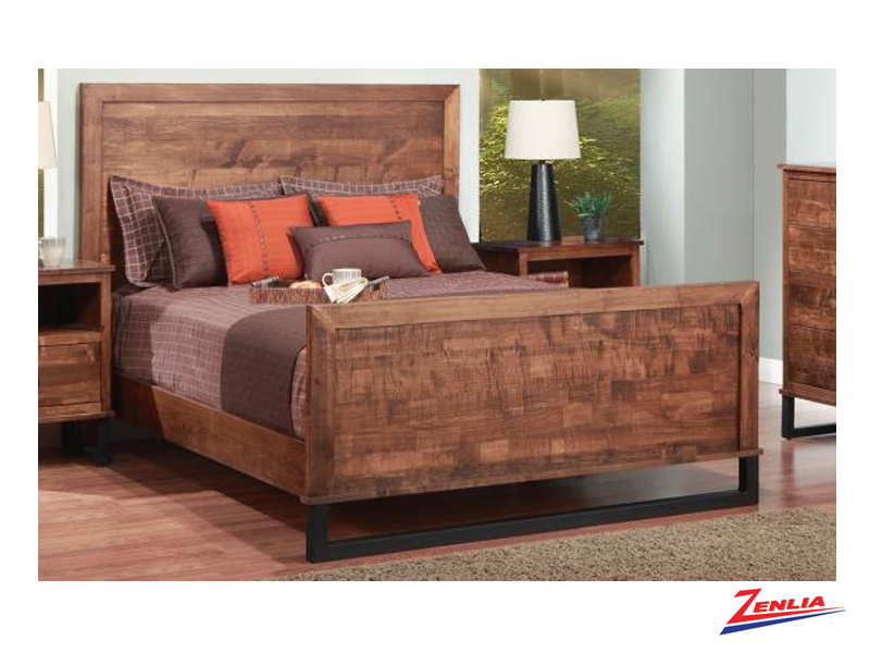 Cumb Wood Headboard Bed With High Footboard