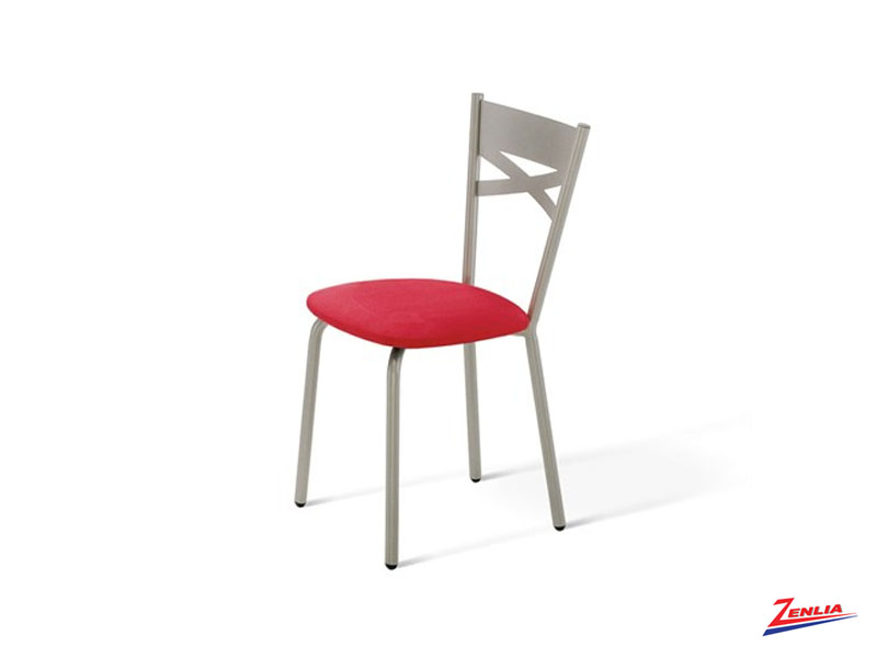 Tomm Chair