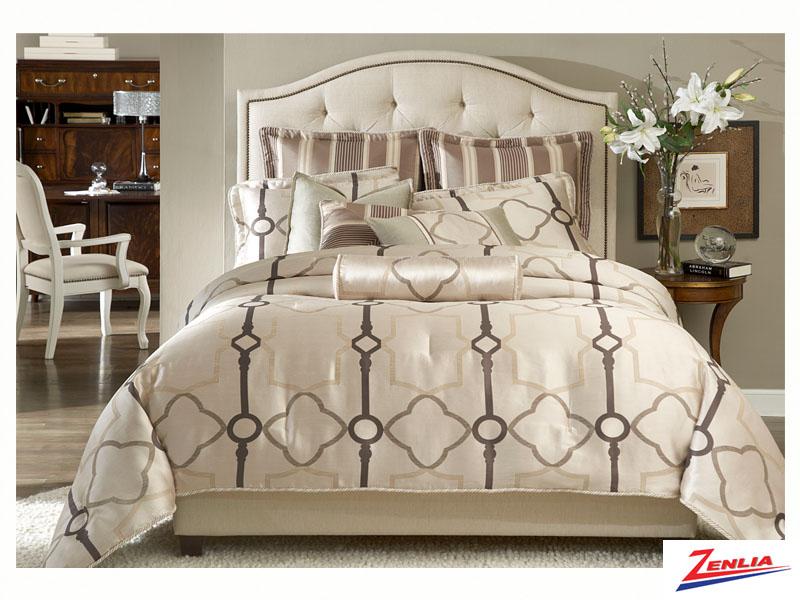 Key Comforter Set