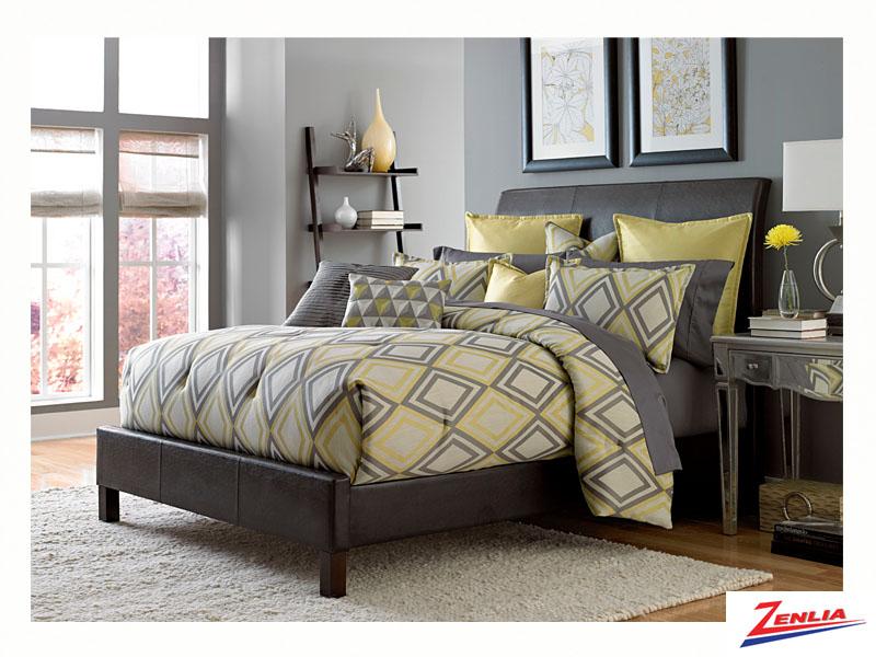 Row Comforter Set