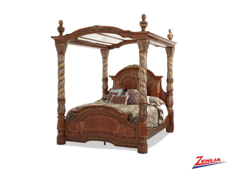 Villa Valen Canopy Bed