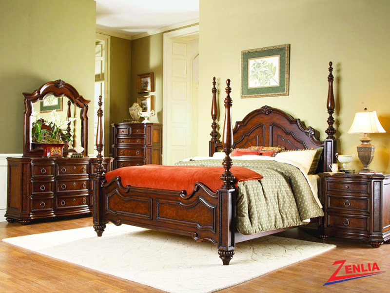 1390 Poster Bed